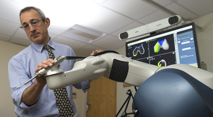 Patients set to benefit from revolutionary hip and knee replacement surgery thanks to new robot assistant