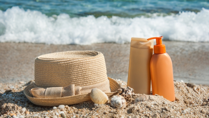 Holiday sun linked to skin cancer risk