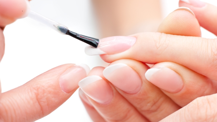 Are nail lamps a skin cancer risk?