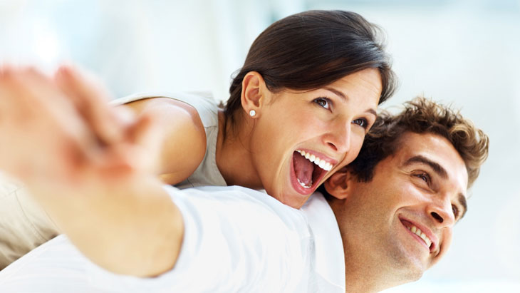 Teeth whitening clinics – are they safe?