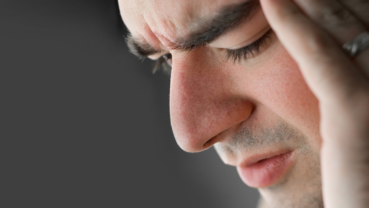 Symptoms, diagnosis and causes of seasonal affective disorder